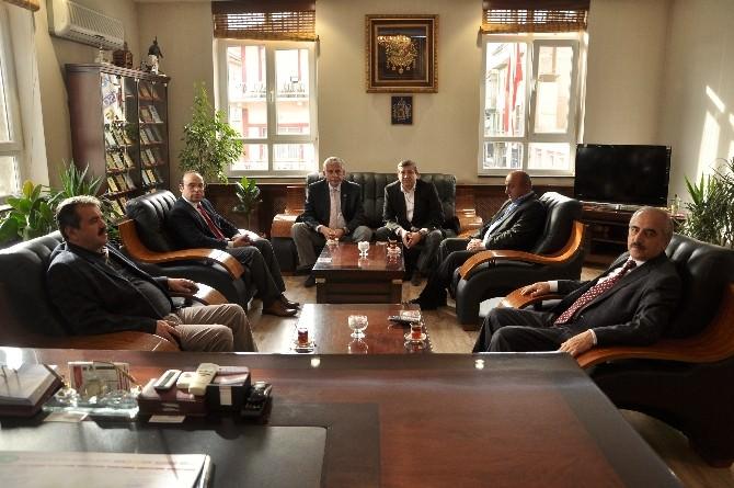 İhsangazi Belediye Başkanı; Tosya Belediyesini Ziyaret Etti