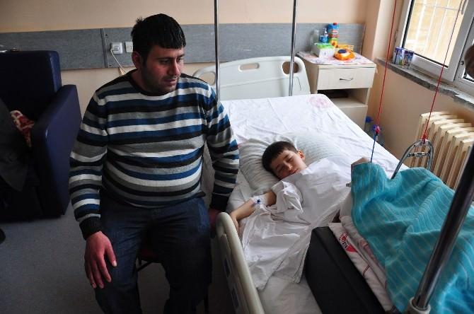 Kamyon Tekerleklerinin Altından Kurtarılan Çocuğun Sağlık Durumu İyiye Gidiyor