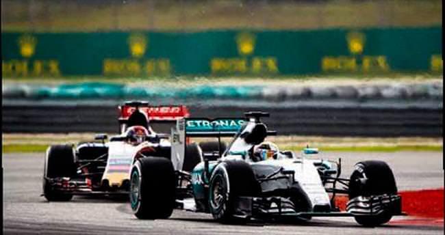Lewis Hamilton ilk sıradan start alacak