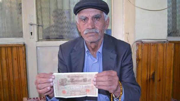 Batmanlı balıkçının oltasına tarihi banknot vurdu