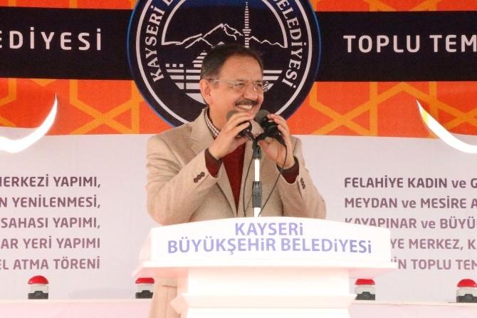 Mehmet Özhaseki Felahiye İlçesinde Halka Seslendi: