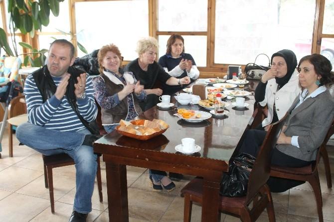 Eğitim Bir-sen Üyeleri Kahvaltıda Bir Araya Geldi