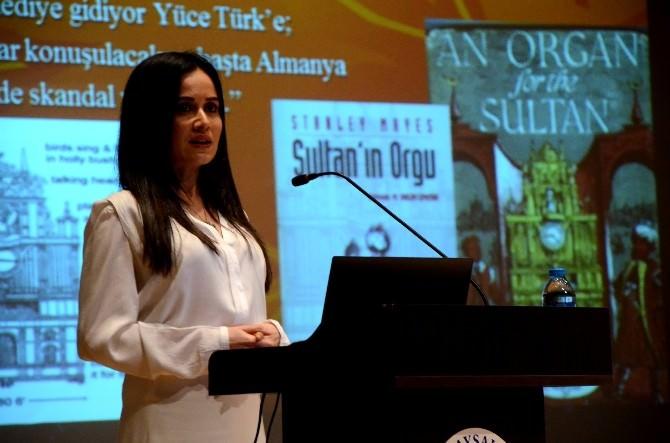 AİBÜ'de Osmanlı Saraylarının Marşlarını Söyledi