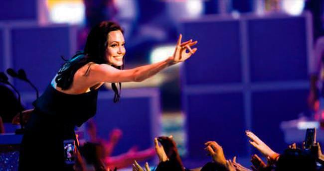 Geçmiş olsun Angelina...