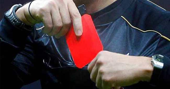 Olacak iş değil! 15 kırmızı kart çıktı