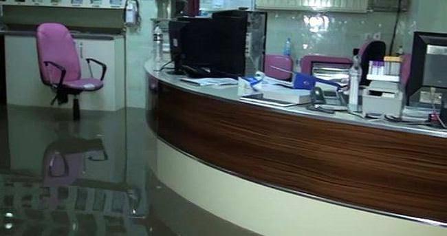 Birecik'te hastaneyi su bastı