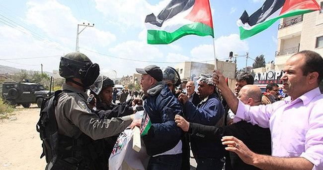 Kudüs'te Toprak Günü yürüyüşüne müdahale