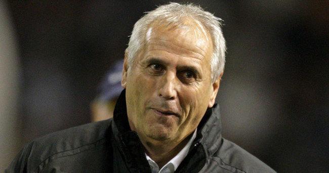 Ermenistan Teknik Direktörü istifa etti