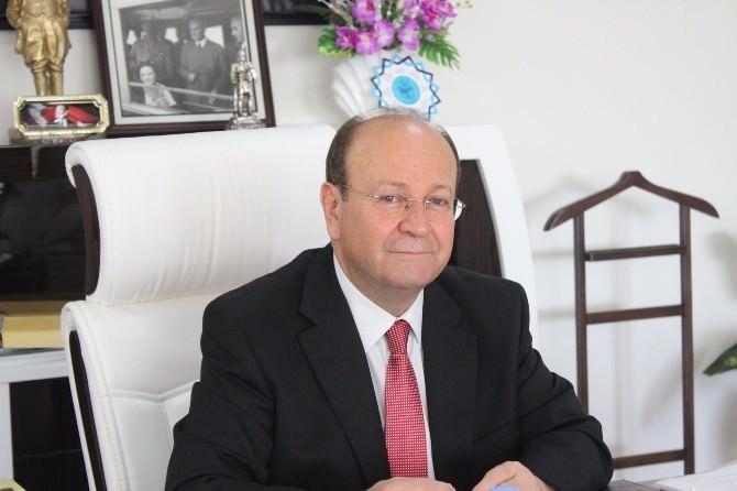 Başkan Özakcan; Kitaplar Vazgeçemeyeceğimiz Dostlarımızdır