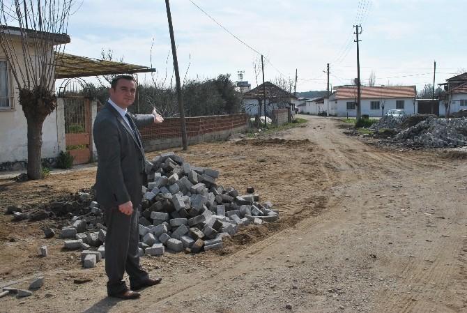İncirliova'da Yollar Çamurdan Kurtuluyor