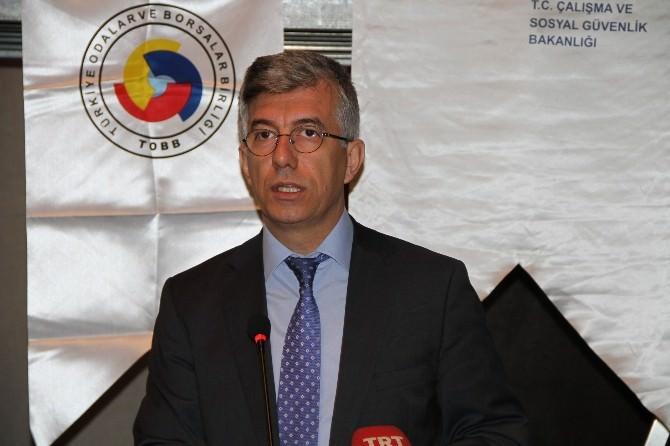 """""""Türkiye'de İnşaatlarda Standartlara Uygun İskele Kullanılmıyor"""""""