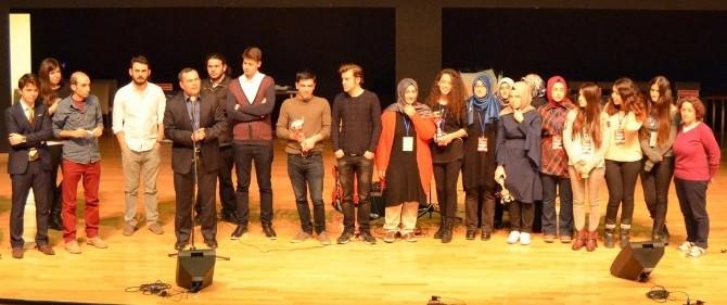 Türkiye Münazara Yarışması Sonuçları Belli Oldu