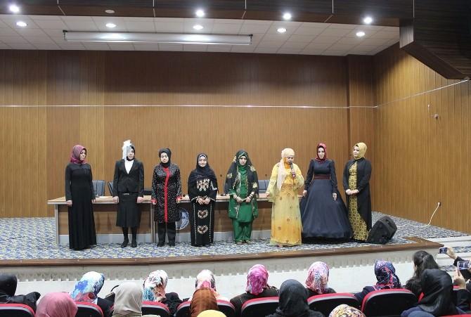 Mardin Müftülüğü'nden Kadınlara Konferans Ve Tiyatro Gösterimi