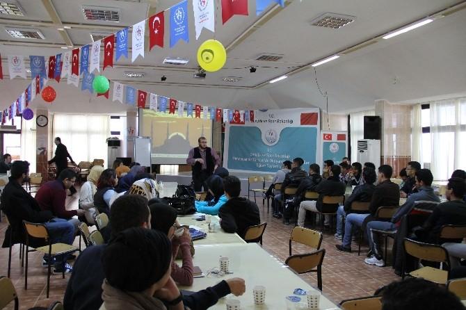 Faslı Öğrencilere Mersin'de Uluslararası Liderlik Eğitimi
