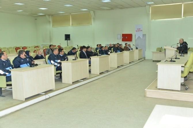 Tuşba Belediyesi Personeline Telsiz Eğitimi