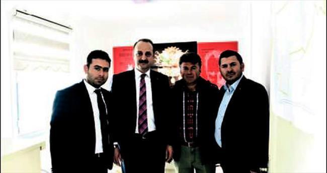 Mesut Akgül'den muhtarlara destek