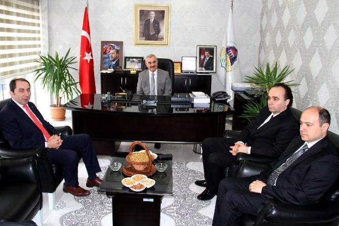 Rektör Alkan'dan Başkan Karataş'a Ziyaret