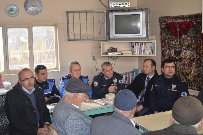 Halitpaşa Mahallesinde Huzur Toplantısı Yapıldı