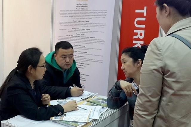 İnönü Üniversitesi Çin'deki Eğitim Fuarına Katıldı