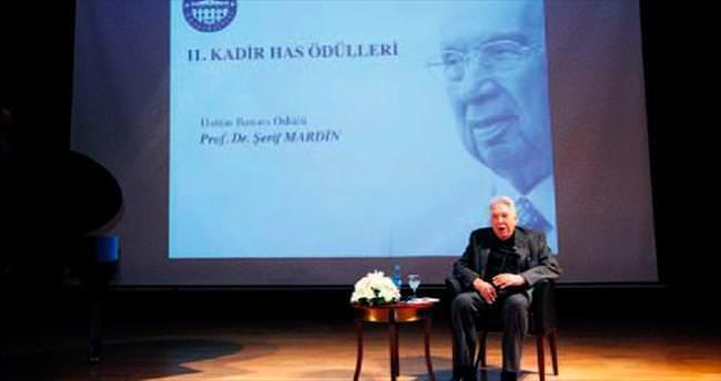 Prof. Mardin'e Üstün Başarı Ödülü