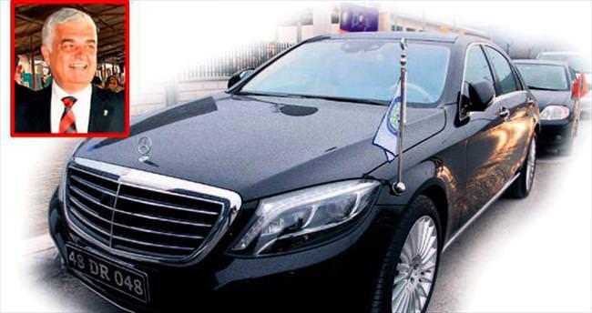 Milyonluk Mercedes Muğla'yı karıştırdı
