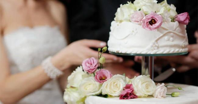 Düğün pastalarına dikkat!