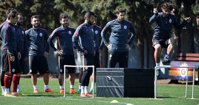 Galatasaray beş eksikle çalıştı