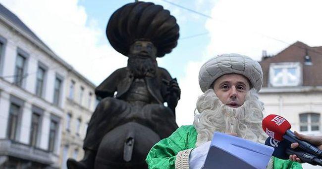 Brüksel'de Nasreddin Hoca heykeli önünde eylem