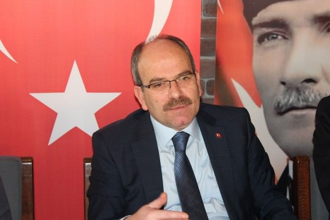 AK Parti Tekirdağ İl Başkanlığından Balonlu Protesto