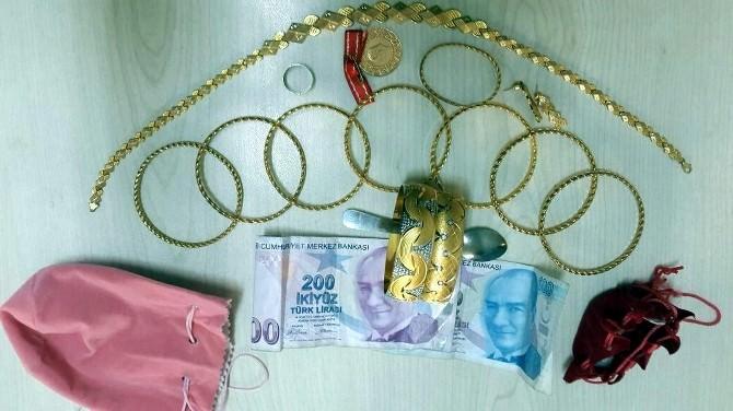 Ziynet Eşyalarını Çalan Çocuk Hırsız Tutuklandı