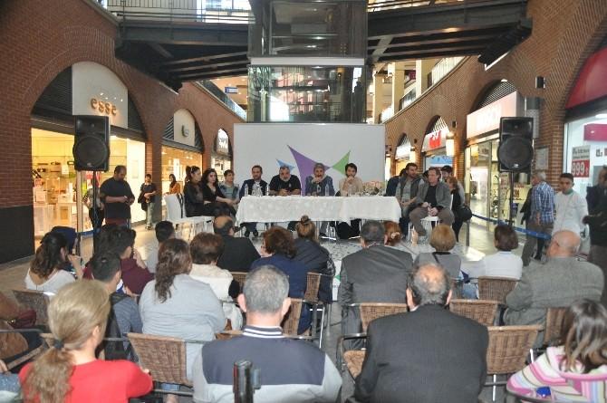 'Zübük' Forum Mersin'de Tiyatro Severlerle Buluştu