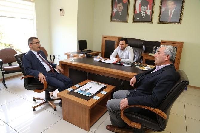 Çelikcan'dan AK Parti Kadın Ve Gençlik Kollarına Ziyaret