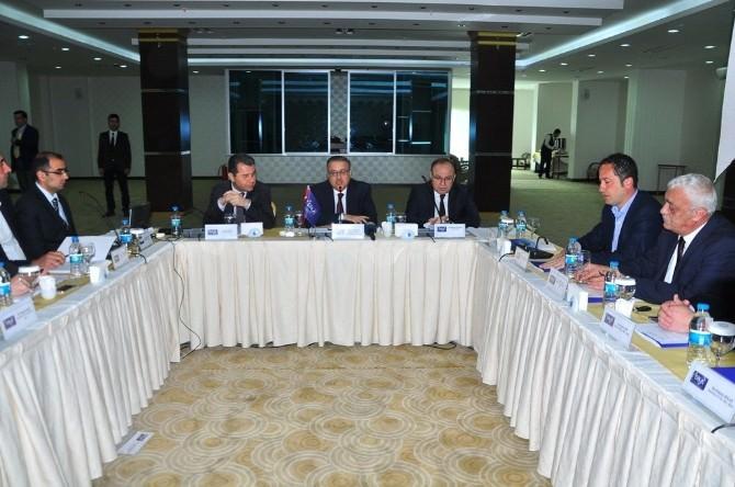 DİKA Mart Ayı Yönetim Kurulu Toplantısı Şırnak'ta Yapıldı