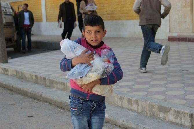 İHH'dan, İdlib'e Gıda Yardımı