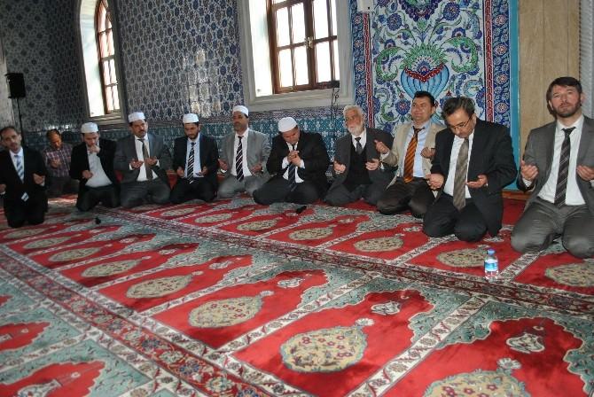 Külliye Cami'nde Çanakkale'de Bin Şehit Bin Hatim Duası Ve Kur'an Ziyafeti
