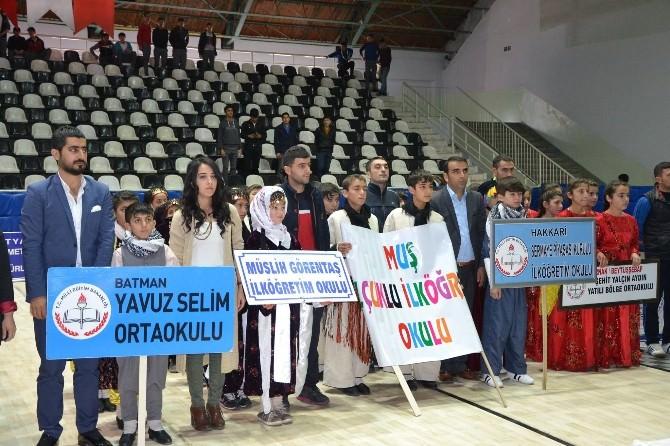 Okullar Arası Halk Oyunları Grup Yarışmaları Başladı