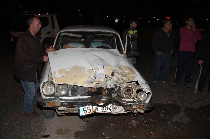 Otomobil Motosiklet İle Çarpıştı: 2 Yaralı