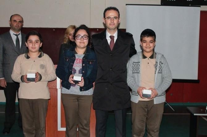 Salıpazarı'nda Ortaokullar Arası Bilgi Yarışması