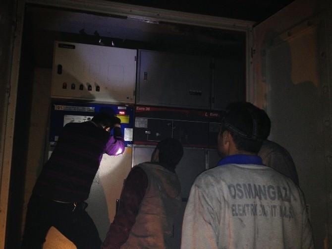 Pazarlar'da Elektrik Trafosunda Yangın Çıktı