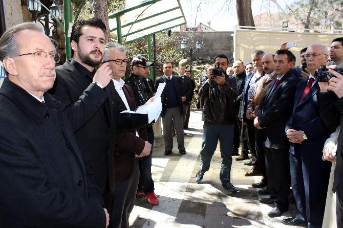 Şehit Savcı Mehmet Selim Kiraz İçin Kütahya'da Gıyabi Cenaze Namazı
