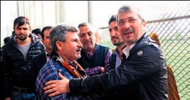 Bayram Akgül taraftarla buluştu