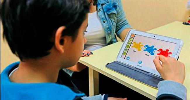 Otizmli çocuklar artık daha hızlı öğreniyor