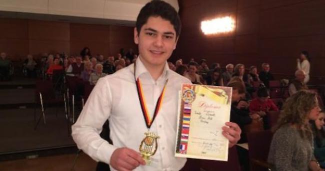 Tambi, Almanya'daki yarışmada birinci oldu