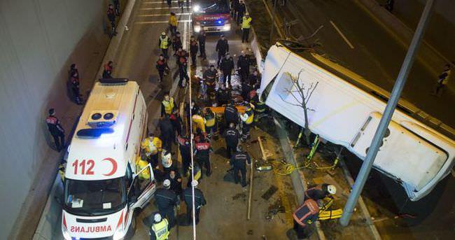 Ankara'da otobüs kazası — Olay yerinden ilk görüntüler - izle