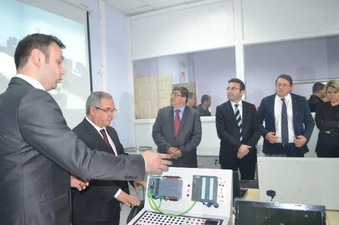 Endüstriye Dayalı Mesleki Eğitim Uygulama Ve Araştırma Merkezi Açıldı
