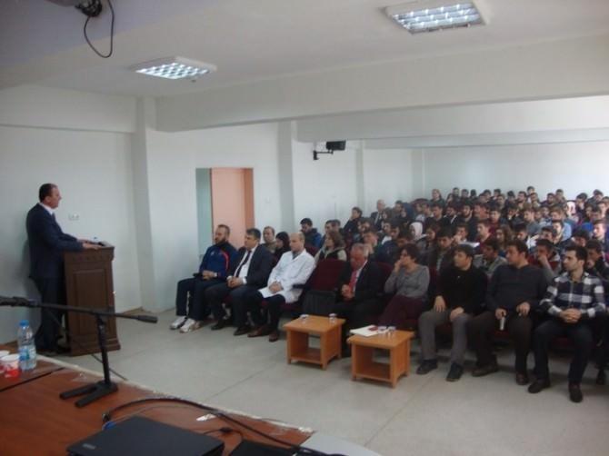 Üniversite Öğrencilerine Çanakkale Savaşları Konferansı