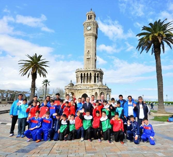 U12 Cup'ta İzmir Dayanışması