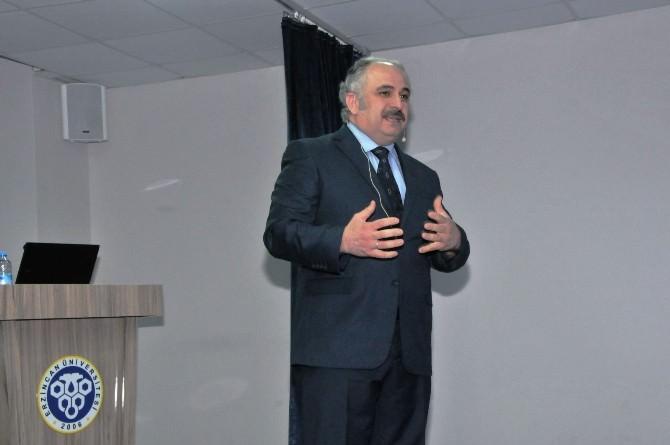 """Erzincan Üniversitesinde """"Nokta-i Nazar Olarak Tarih"""" Konferansı"""