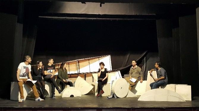 """Eskişehir Şehir Tiyatroları """"Parçacık"""" Adlı Yeni Çocuk Oyununun Hazırlıklarına Başladı"""