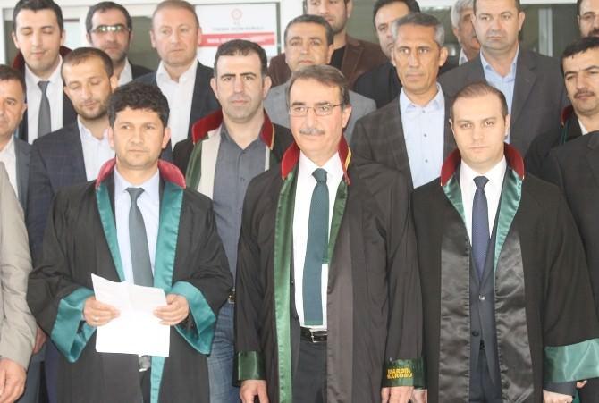 Mardinli Avukatlar Savcı Kiraz İçin Eylem Yaptı